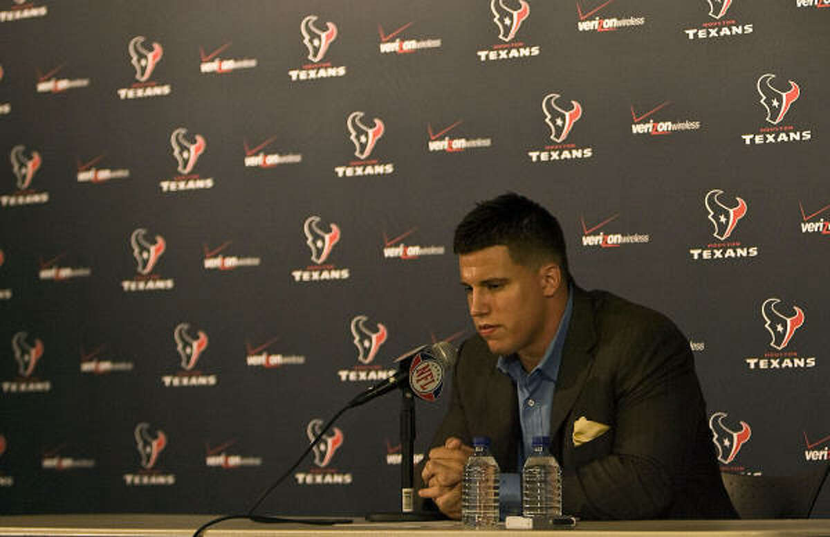 Texans linebacker Brian Cushing apparently will be on the field next week when off-season activities begin.