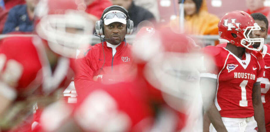 UH head coach Kevin Sumlin put an end to hazing after taking over for Art Briles. Photo: Nick De La Torre, Chronicle