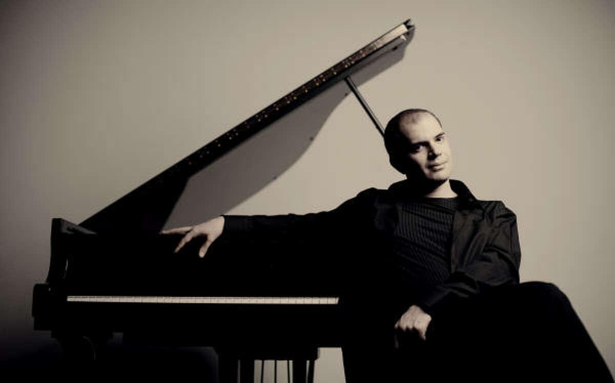 Kirill Gerstein has won the Gilmore Artist Award.