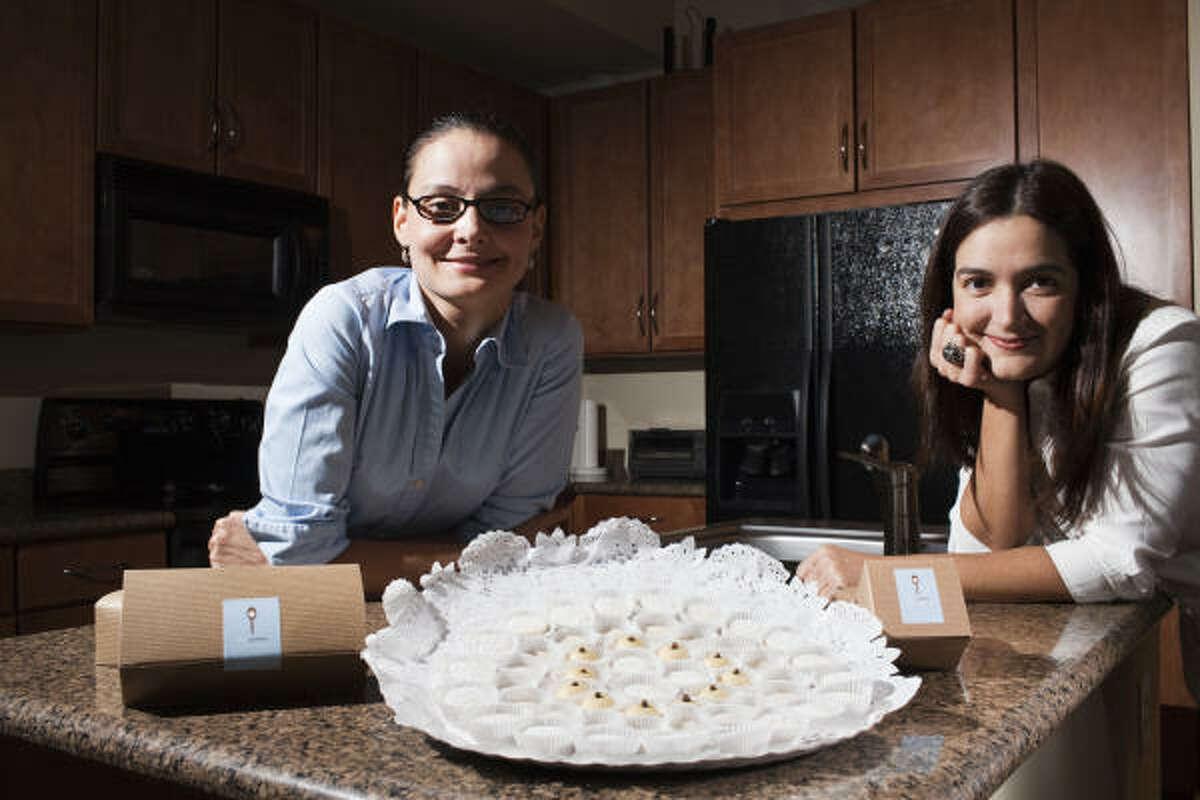 Denisse Asurmendi (der.) y María Gabriela González.