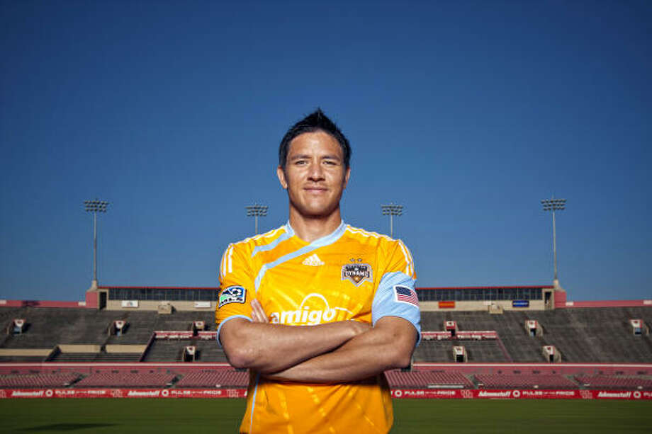 The Dynamo's Brian Ching grew up in Hawaii and was the first Hawaiian native drafted by Major League Soccer. Photo: TODD SPOTH, For The Chronicle