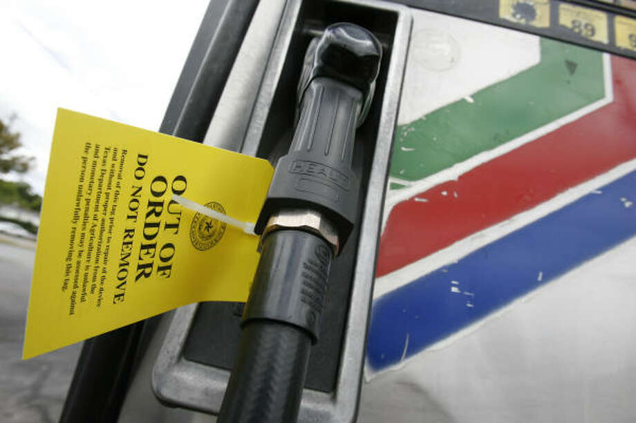 In July 2008, the Texas Department of Agriculture shut down pumps including this one at the SunMart #290 at 680 Cullen after investigators said dozens of Houston SunMart stations were cheating drivers out of the full amount of gasoline they paid for. Photo: Sharon Steinmann, Chronicle File Photo
