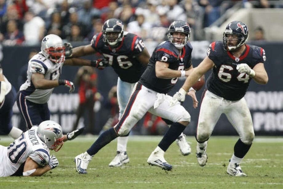 The passing game, led by Matt Schaub, was among the most effective in the NFL at moving the ball. Photo: Nick De La Torre, Chronicle