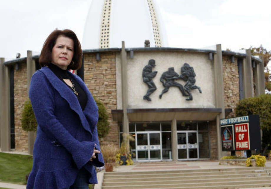 Virginia Grimsley, at the Pro Football Hall of Fame, endorses the league's efforts to protect players and their families from what she has endured after her husband, John, died. Photo: BOB ROSSITER, ALL