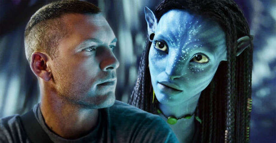 Jake Sully (played by Sam Worthington) and Neytiri (Zoe Saldana) appear in a scene from Avatar, director James Cameron's latest hit movie. Photo: TWENTIETH CENTURY FOX/MCT