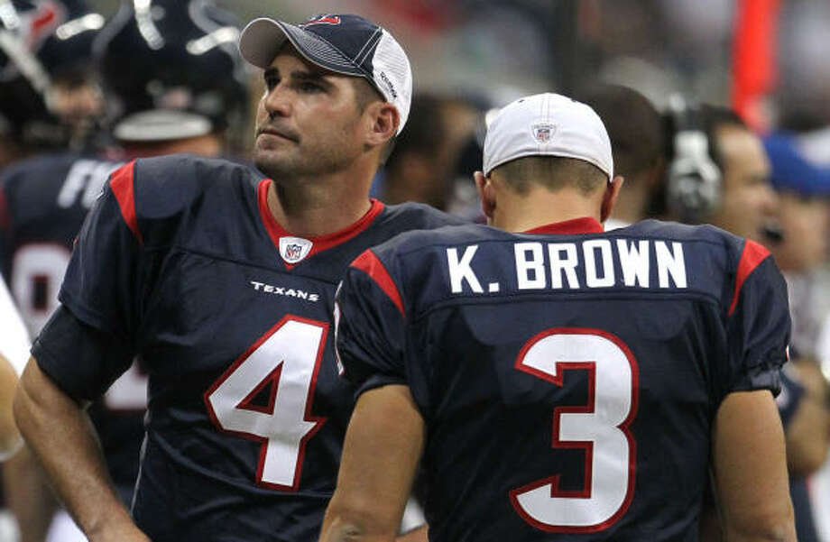 Neil Rackers, left, has won the job over Kris Brown, the only kicker the Texans have ever had. Photo: Billy Smith II, Chronicle