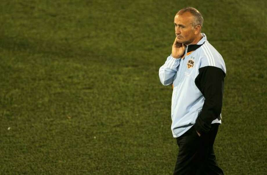 Dynamo coach Dominic Kinnear will likely have a significantly different roster next season. Photo: Doug Pensinger, Getty Images