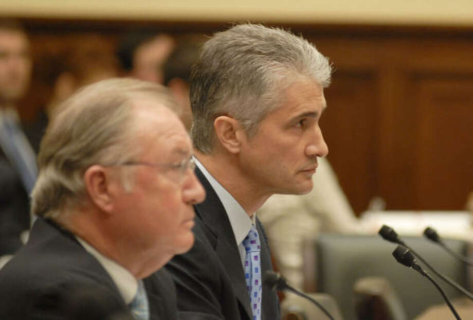 Glenn Tilton, left, CEO of United Airlines, and Jeff Smisek, CEO of Continental Airlines, are testifying before congressional committees this week about the proposed merger between Continental and United. They expect added profits with no cuts in service or quality. Photo: Meredith McDermott :, Hearst Newspapers