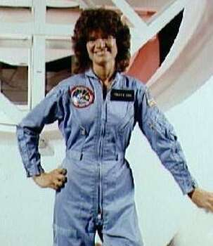 Theft suspect's wife led officials to astronaut's flight ...