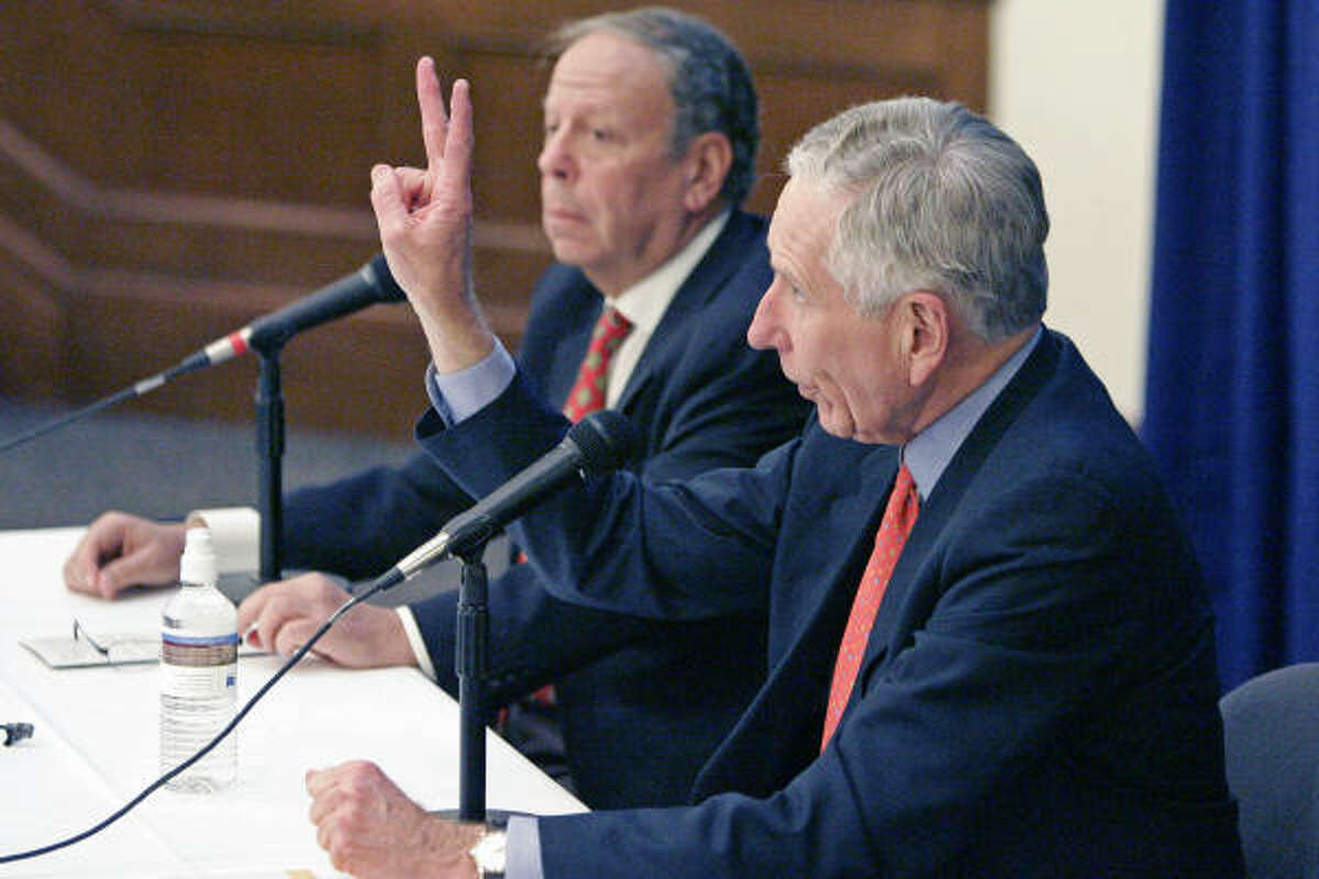 Rockets owner Leslie Alexander, left, and Astros owner Drayton McLane are in line to control a 70 percent share.