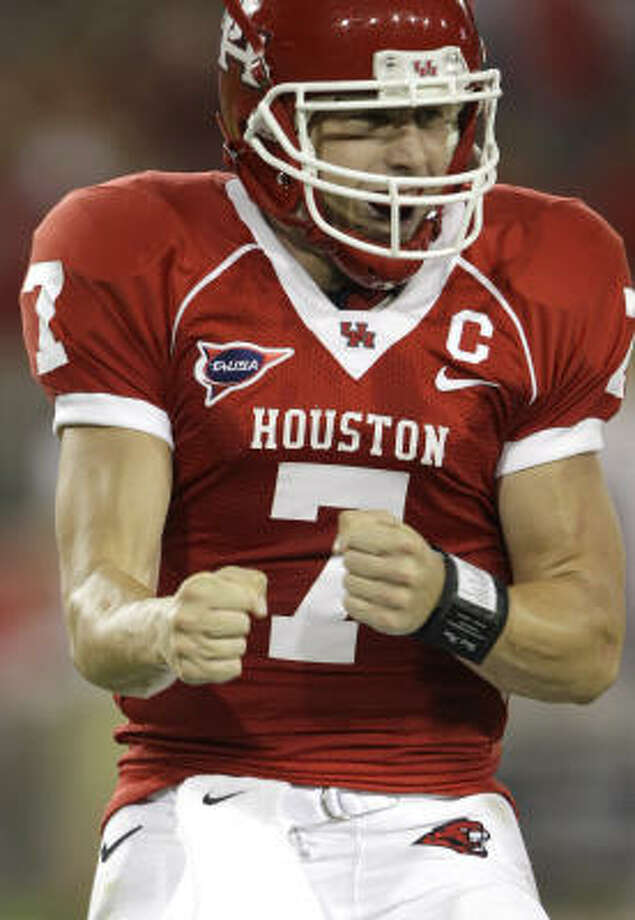 Will this be the year Case Keenum  wins the Heisman? Photo: David J. Phillip, AP