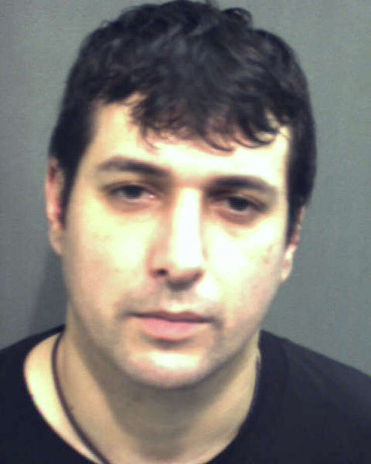 Khristian Munizaga of Miami, Fla. has pleaded guilty to identity theft and fraud charges in federal court. The crimes were investigated by Greenwich and Shelton police as part of a federal task force. Photo: Contributed Photo\Florida DOC