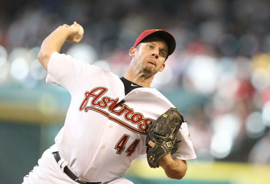 The money remaining on Roy Oswalt's contract will likely complicate a trade involving the righthander. Photo: Nick De La Torre, Chronicle