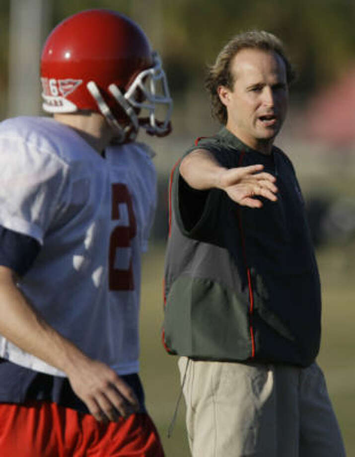 Dana Holgorsen guided UH to top rankings in total offense, scoring and passing offense before leaving for Oklahoma State. Photo: Melissa Phillip, Chronicle