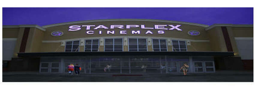 GET YOUR POPCORN: This is an artist's rendering of the $6.5 million Starplex Cinema that is scheduled to open in Kingwood in April. The theater will house 14 digital screens and expanded concession areas. Construction began in September.   GET YOUR POPCORN: This is an artist's rendering of the $6.5 million Starplex Cinema that is scheduled to open in Kingwood in April. The theater will house 14 digital screens and expanded concession areas. Construction began in September. Photo: Starplex Cinemas