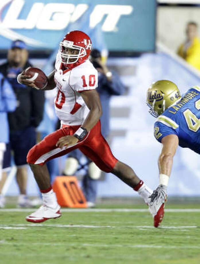 The Cougars planned to have Terrance Broadway redshirt this season while learning under Case Keenum. Photo: Nick De La Torre, Chronicle