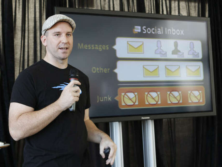 Facebook engineer Andrew Bosworth talks about the new Facebook messaging service on Monday in San Francisco. Analysts said it will step up pressure on Google, Yahoo and Microsoft. Photo: Paul Sakuma:, AP