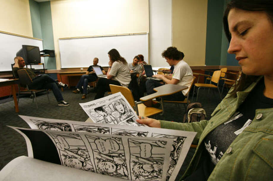 Briana Olson and other students participate in the UH class, which teaches writers and artists how to craft effective narratives using the popular graphic novel approach. Photo: Michael Paulsen, Chronicle