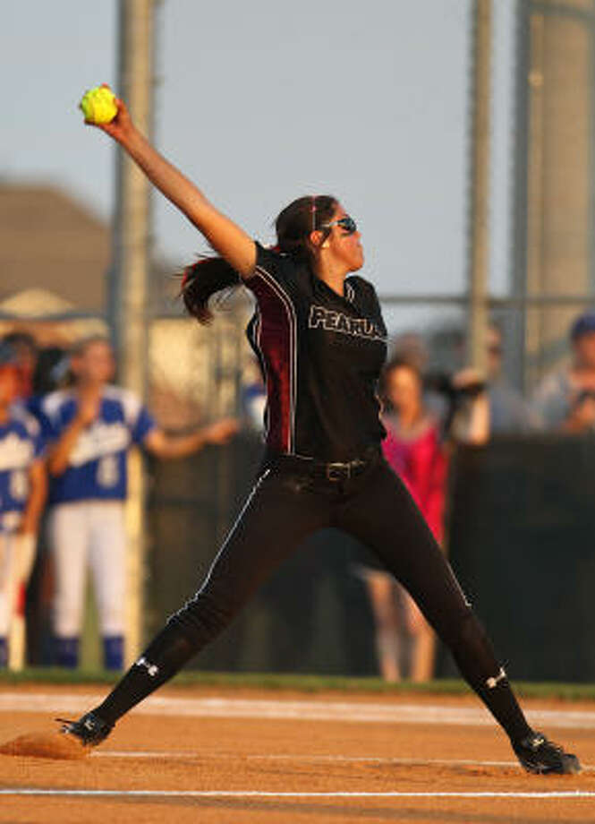 Pearland starting pitcher Jessica Bowden pitched a complete game, allowing seven hits and striking out eight batters. Photo: Nick De La Torre, Chronicle