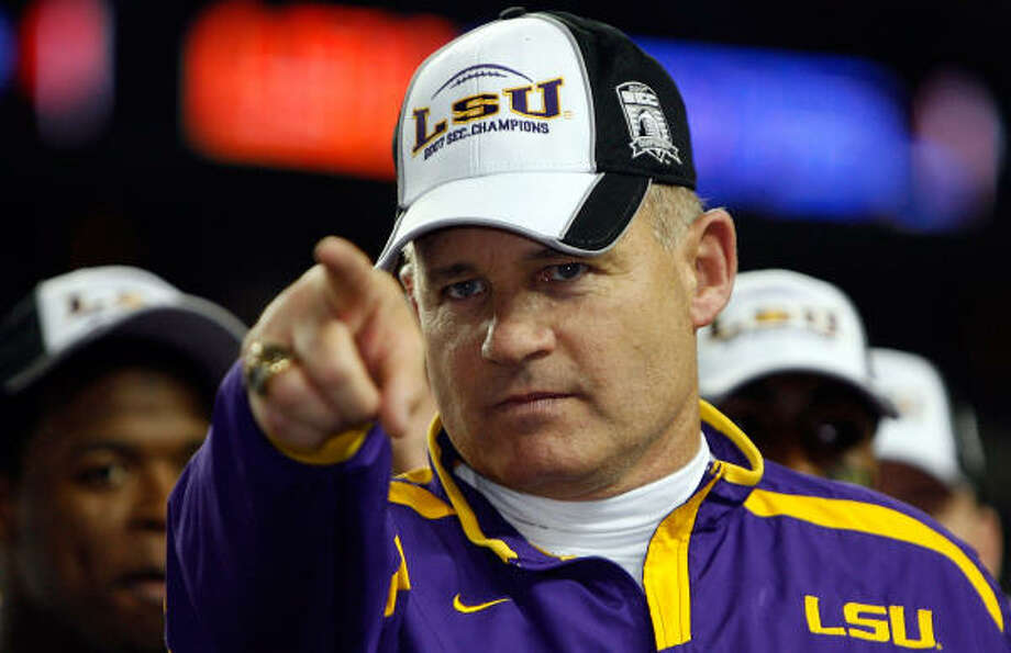 Les Miles is 51-15 in five seasons with the Tigers. Photo: Chris Graythen, Getty Images