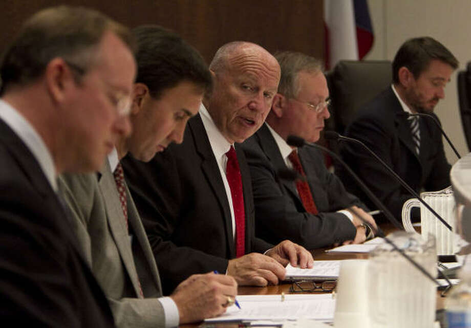 Rep. Kevin Brady, center, speaks during an energy forum at the South Texas College of Law on Monday. Participants expressed frustration over the effects the deep-water drilling ban has had on the energy industry. Photo: James Nielsen:, Chronicle