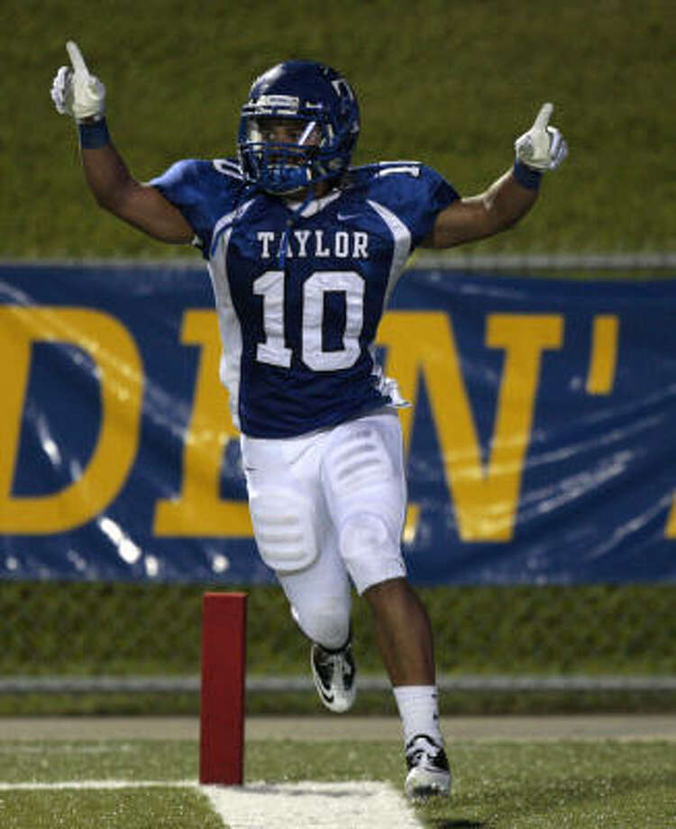 Katy Taylor's Bright Ashaka celebrates after scoring the Mustangs' only touchdown. Photo: Bob Levey, For The Chronicle