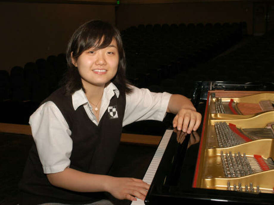 IN CONCERT: Mimi Minigawa, a student at St. Pius X High School, and pianist with Shephard School of Music, with give a concert May 4, at Rice University's Shepherd School of Music. Photo: George Wong, For The Chronicle