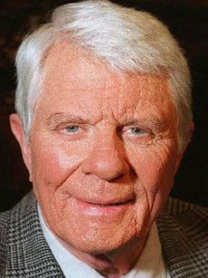 His publicist says Peter Graves died after having brunch with family on Sunday. Photo: Associated Press
