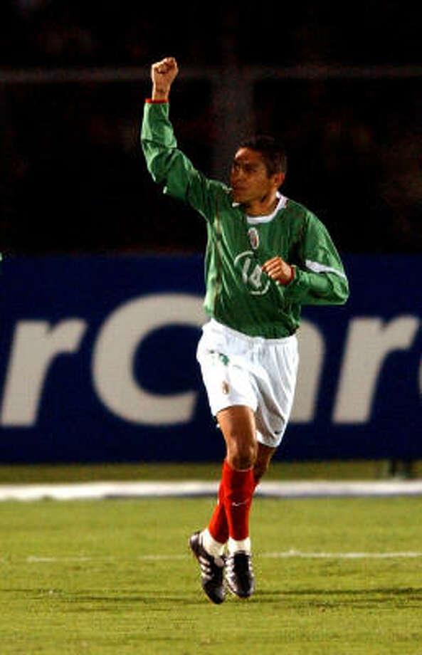 Con la verde, el michoacano jugó 64 partidos entre 2001 y 2007, y anotó seis goles.