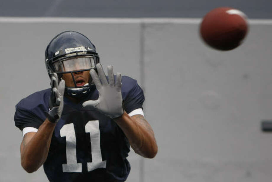 Senior Pierre Beasley will play a key role for Rice, which lost two of its top three receivers. Photo: Julio Cortez, Chronicle