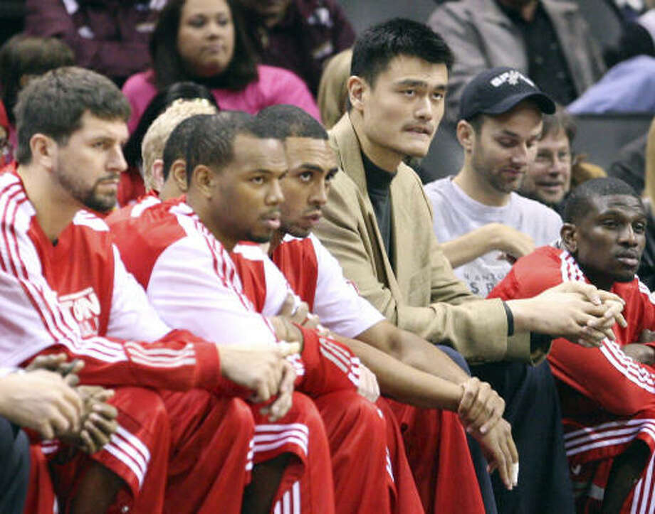 Yao Ming said in the offseason that he would consider retirement if he had been unable to stay healthy. Photo: EDWARD A. ORNELAS, San Antonio Express-News