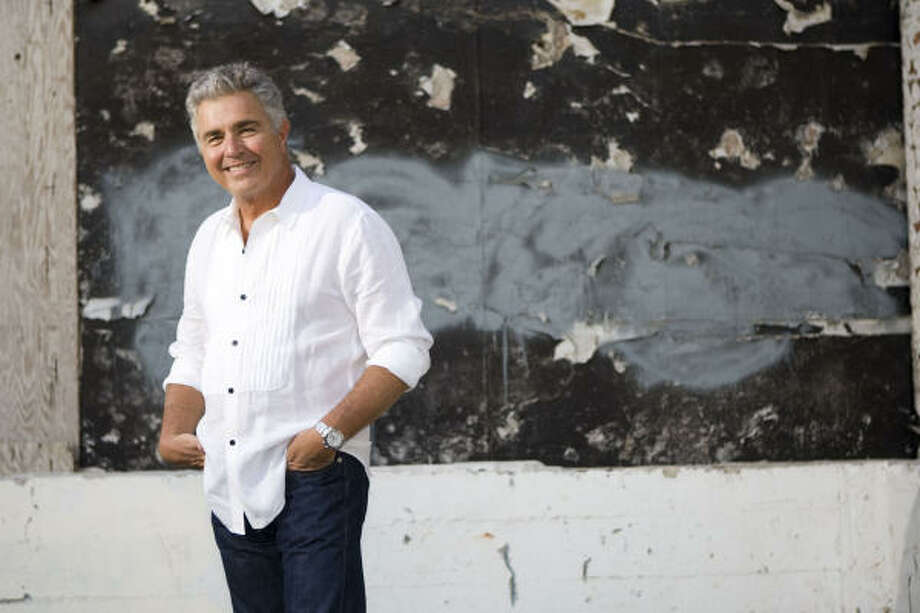 Steve Tyrell is a singer and producer from Houston. Photo: J. Kat Woronowicz, For The Chronicle