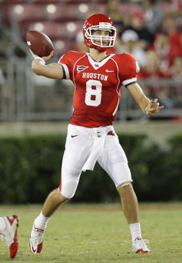 UH  quarterback David Piland's fifth career start will come against a defense that is limiting opponents to 4.4 yards per play. Photo: Nick De La Torre, Chronicle