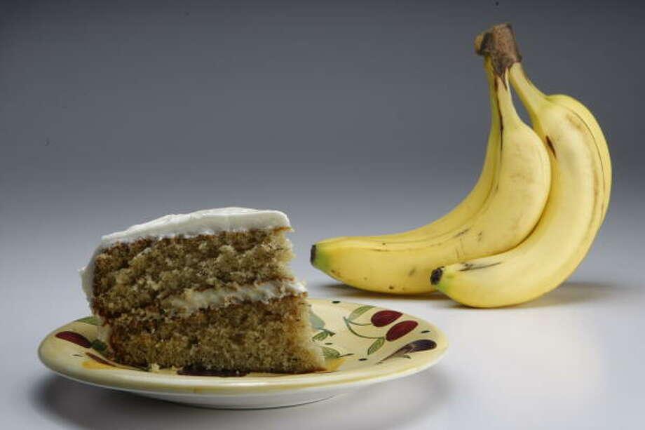 Mom's Fresh Banana Cake Photo: Julio Cortez, Chronicle