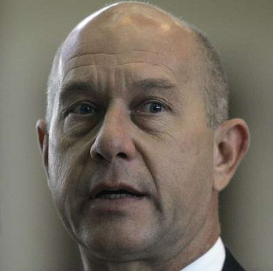 "Sen. John Whitmire, D-Houston, said he ""can't imagine why anyone would object"" to the policy. Photo: Harry Cabluck, AP"