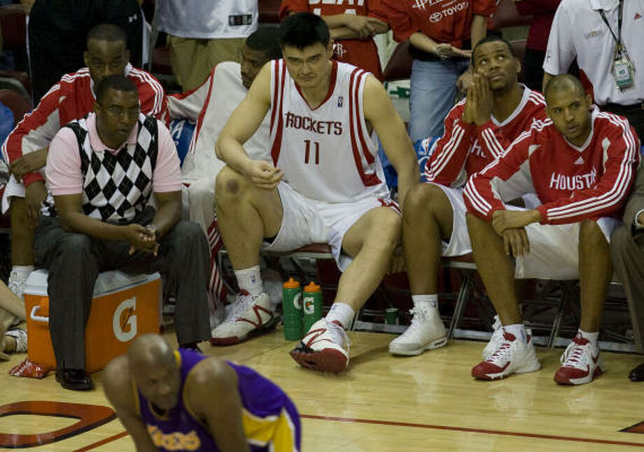Pain in playoffsA hairline fracture in his left foot caused Yao to miss the final four games of the Rockets' Western Conference semifinal series against the Los Angeles Lakers in 2009, and he missed all of the 2009-10 season. Photo: James Nielsen, Chronicle