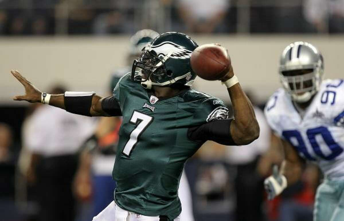 Dec. 12: Eagles 30, Cowboys 27 Eagles quarterback Michael Vick threw for 270 yards, two touchdowns and two interceptions against the Cowboys.