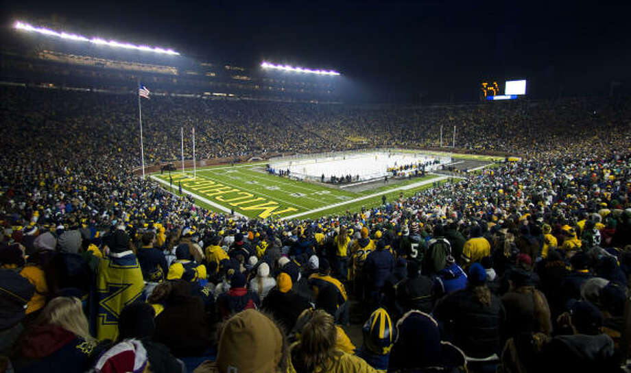 A world record 113,411 watched Michigan blank  Michigan State 5-0 at the 'Big Chill' at the Big House NCAA college hockey game, at Michigan Stadium in Ann Arbor, Mich., on Saturday, Dec. 11, 2010. Photo: Tony Ding, AP