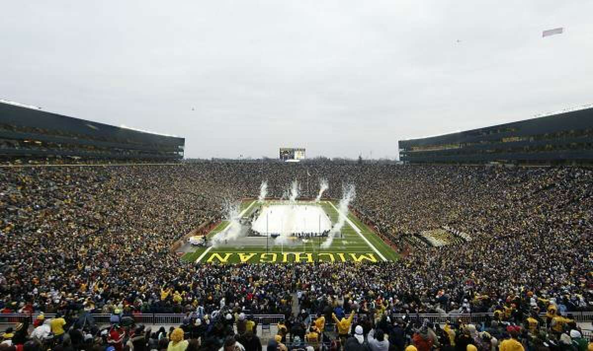 The announced attendance would make this the largest crowd to see any sporting event at Michigan Stadium, surpassing the 113,090 for a football game earlier this year.