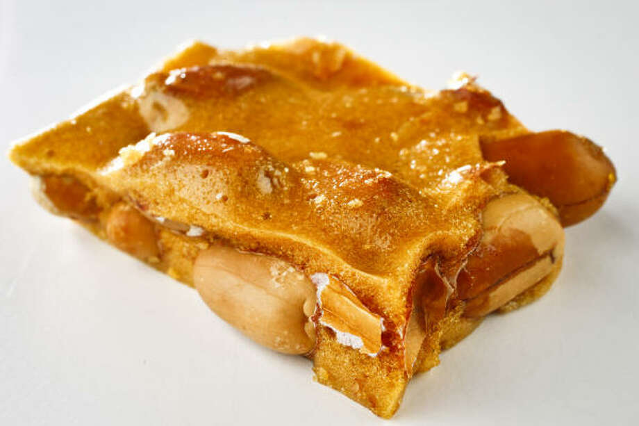 Crackin' Peanut Brittle