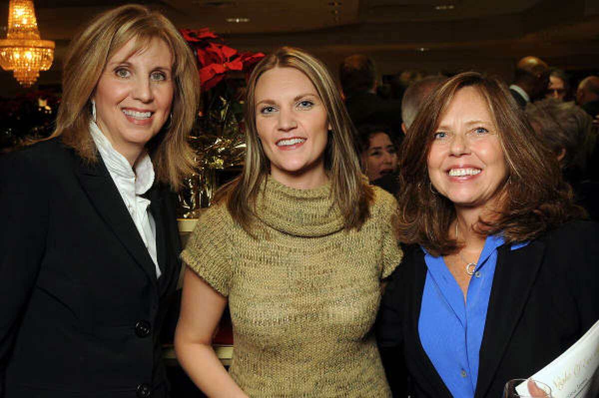 Laurie Selzer, Sara Guillory and JoAnn Lippman