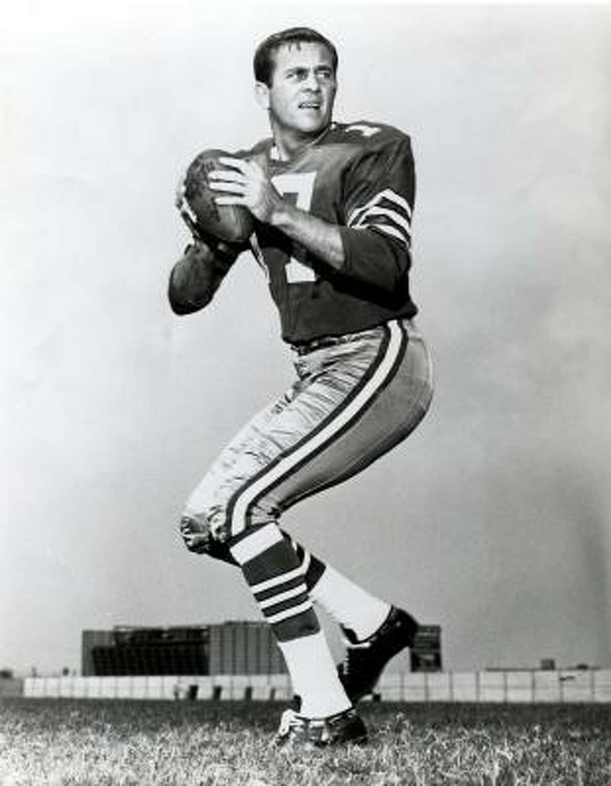 Meredith, who became the Cowboys' starting quarterback in 1965, threw for 17,199 yards and 111 touchdowns. He retired unexpectedly before the 1969 season.