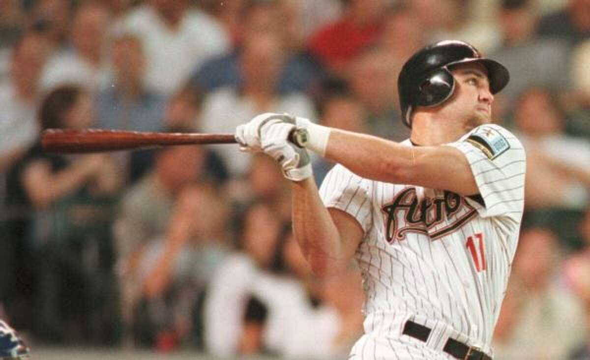 2000 Berkman played in 114 games, batting .297 with 21 home runs and 67 RBIs. He finished sixth in the National League Rookie of the Year voting.