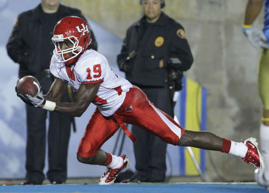 UH wide receiver James Cleveland dropped a costly fumble in last season's loss to UCF. Photo: Nick De La Torre, Chronicle