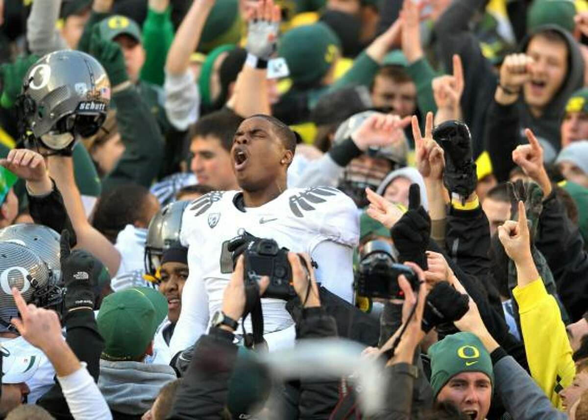 Dec. 4: Oregon 37, Oregon State 20 Oregon wide receiver Josh Huff and his teammates stood tall after beating Oregon State on Saturday. The Ducks will likely face Auburn in the BCS national championship game.