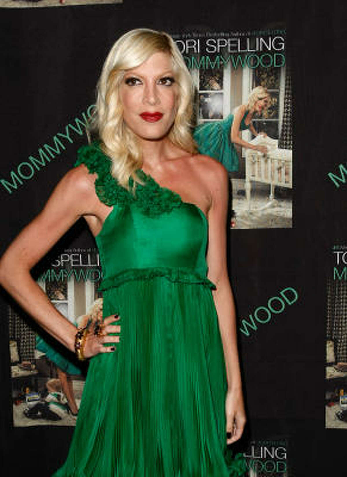 Tori Spelling recently lashed out at the public over scrutinizing her weight loss. She claims that her 5' 6