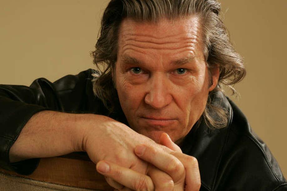 Beardless Jeff Bridges, is that you? Photo: Dan Tuffs, Getty Images