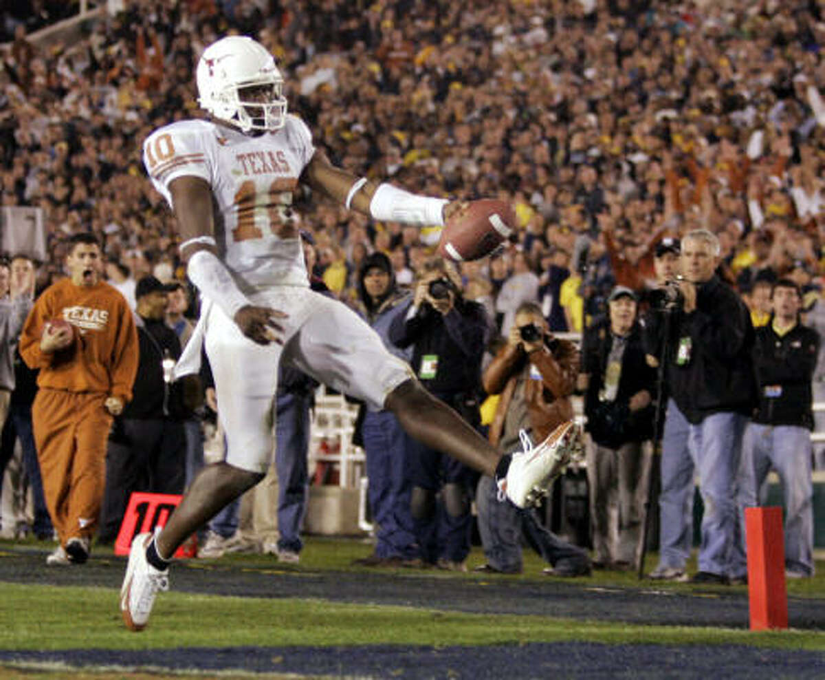 QUARTERBACK: Vince Young, Texas (16 votes) Also receiving votes: Colt McCoy, Texas (3); Sam Bradford, Oklahoma (1).