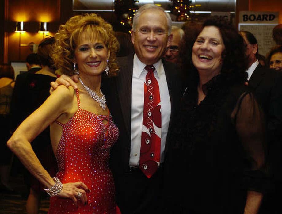 Karen Fredman, her husband Buster Fredman and Donna Vallone Photo: Shaminder Dulai, Chronicle