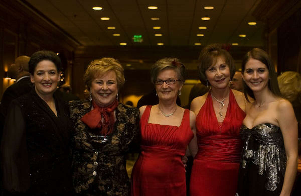 Roberta Clay, Donna Price, Pam Geyer, Vicky Dyer-Smith and Nicole Levy